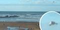 Obyek Misterius Diduga UFO Melayang di Pantai Inggris