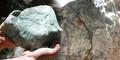 Batu Raksasa Diduga Giok Ditemukan di Gorontalo
