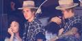 Bermesraan, Justin Bieber Pacari Model Seksi Ashley Moore?