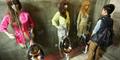 Sensasi Pipis di Toilet Berhias Manekin Cewek