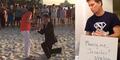 Video Pria Romantis Melamar Kekasihnya 365 Hari