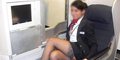 Wanita Inggris Mabuk dan Masturbasi di Pesawat