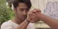 Adegan Laga Shaheer Sheikh di Trailer Turis Romantis
