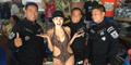 Dada Seksi Nikita Mirzani Diintip Pria Filipina