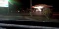 Foto Polisi Amerika Angkut UFO Ke Area Rahasia