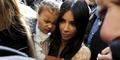 Kim Kardashian-Kanye West Baptis North West di Yerusalem