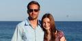 Putri Paul Walker Unggah Foto Mengharukan Dipangku Ayahnya