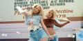 Britney Spears-Iggy Azalea Gaya Seksi 80an di Video Klip Pretty Girls