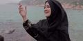 Duet Pipik Dian Irawati-Medina di Video Klip Innallaha Ma'ana