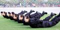Pramugari Tiongkok Digembleng Ala Militer, Siap Lawan Teroris