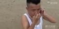 Pria China Mampu Tiup Ban Dengan Telinga