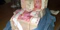 Geger, Ditemukan 62 Karung Uang di Tempat Sampah Bekasi