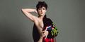 Katy Perry Nyaris Bugil di Iklan Moschino