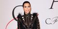 Hamil Muda, Kim Kardashian Pakai Baju Transparan Seksi