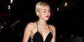 Miley Cyrus Artis Vegetarian Terseksi 2015 Versi PETA