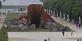 Patung Vagina Raksasa di Perancis Dirusak Aksi Vandalisme