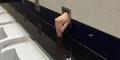 Potongan Tangan 'Mutilasi' Nongol di Toilet Bandara Hong Kong