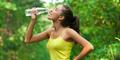 12 Manfaat Minum Air Putih Saat Perut Kosong di Pagi Hari