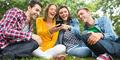 Ekspresi Tertawa Paling Banyak Digunakan di Facebook