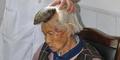 Muncul Tanduk Aneh di Kepala Nenek China