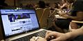 Rekor! 1 Miliar Orang Akses Facebook dalam Sehari