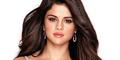Selena Gomez Pakai Gaun Tak Bercelana Dalam