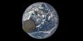 Video Bulan Melintasi Bumi