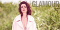 Anne Hathaway Seksi Tanpa Bra di Majalah Glamour