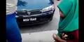 Gadis Yatim Dibully, Dipaksa Cium Kaki Anak Juragan Restoran