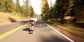 Meluncur Pakai Skateboard Hingga Kecepatan 112 Km/Jam, Gokil!