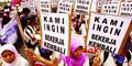 Jokowi Janji Ekonomi Meroket, 400.000 Buruh di Jatim Kena PHK
