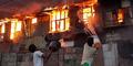 Mayat Pasutri Korban Kebakaran Ditemukan Berpelukan
