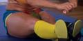 Olga Liaschuk Pecahkan 3 Semangka Pakai Paha Dalam 14 Detik