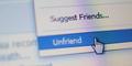 Unfriend Pasangan di Facebook Bikin Hidup Bahagia?