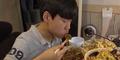 Unggah Video Saat Makan, Bocah Ini Raup Rp 22 Juta Semalam