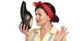 3 Tips Hilangkan Bau Sepatu Yang Menyengat