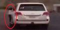 Bapak di Saudi Biarkan Putrinya Gantungan di Mobil