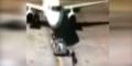 Nih, Aksi Marc Ngejar Pesawat Seperti Ketinggalan Angkot