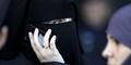 Setahun, Wanita Arab Ini Perbaiki 48.000 Ponsel