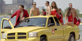 Simple Plan Bergaya Baywatch di Video Klip I Don't Wanna Go To Bed