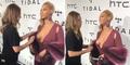 Video Dada Beyonce Diraba Asisten Saat Berpose Depan Wartawan