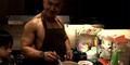 Video Tips Deddy Corbuzier Masak Mie Instan Sehat