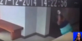 Wanita Dibanting Hantu Terekam CCTV