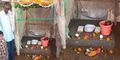 Warga Pelosok India Sucikan Toilet lalu Disembah