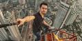 Arief Fandy, Pria yang Hobi Selfie Ekstrem di Atas Gedung Tinggi Jakarta