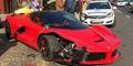 Brak! Mobil Ferrari Rp 20 M Baru Keluar Dealer Jadi Ringsek
