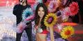 Foto Hot Lily Aldridge Pamerkan Bra Rp 27 M di Victoria's Secret Show