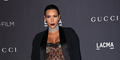 Hamil Besar, Kim Kardashian Tetap Seksi Pakai Baju Transparan