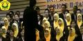 Nyeleneh, Universitas Jember Nyanyikan Oplosan Saat Wisuda