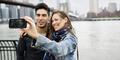 Tips Menasehati Suami Yang Ingin Selfie Saat Bercinta